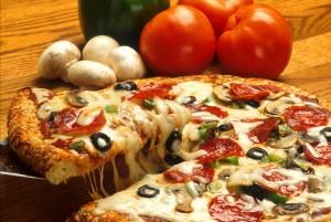 pizza-386717_1920